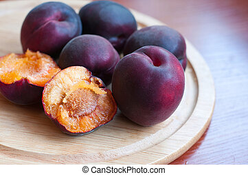 Black apricot - Group of black, or violet, apricots also ...