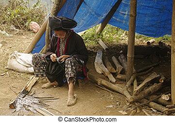 Black Dao ethnic woman