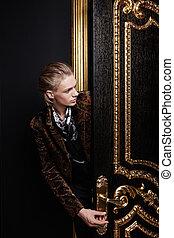 black-gold, deur, man