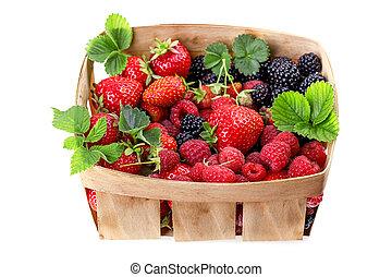 blackberries strawberries in a basket