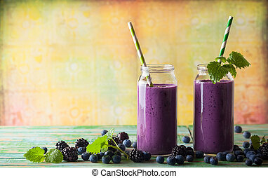 Blackberry and blueberry smoothie - Fresh blackberry and ...