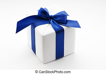 blanc, boîte-cadeau, à, ruban bleu