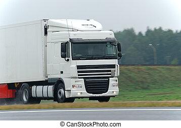 blanc, camion, route, mouillé