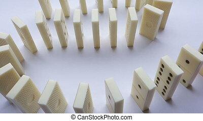 blanc, domino-stones