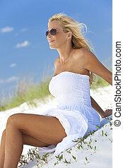 blanc, lunettes soleil, blonds, plage, robe, femme, beau