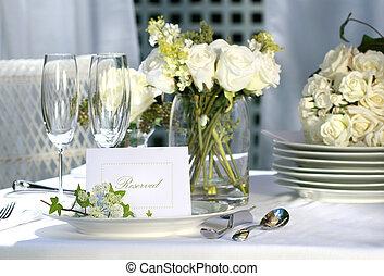 blanc, placer carte, sur, extérieur, mariage, table