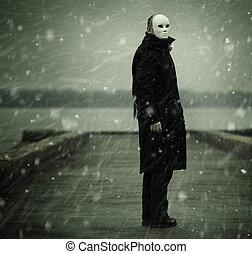 blanc, rivière, homme masque