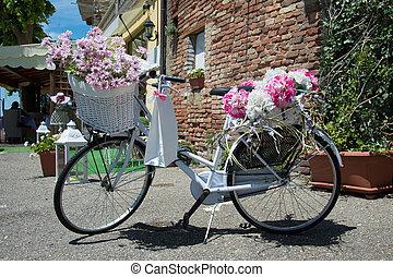 blanc, vélo, classique, à, fleur