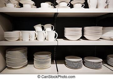 blanc, vaisselle, étagères