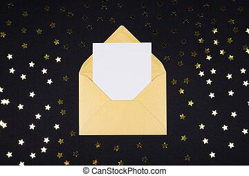 blanc, vide, carte, dans, ouvert, doré, couleur, enveloppe, sur, arrière-plan noir, décoré, à, étoile, confetti.