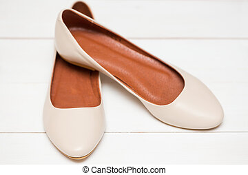 blanches chaussures, fond