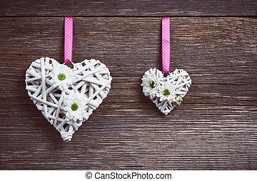 blanco, corazones, en, viejo, de madera, plano de fondo
