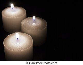 blanco, velas, en, oscuridad, papel, plano de fondo,...