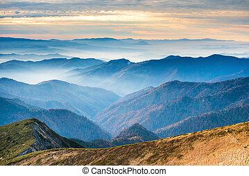 blaue berge, sonnenuntergang, hügel
