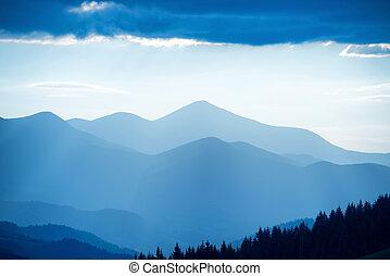 blaue berge, sonnenuntergang