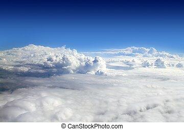 blauer himmel, hohe ansicht, von, motorflugzeug, wolkenhimmel