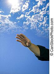 blaues, aus, himmelsgewölbe, hand