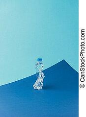 blaues, begriff, auf, plastik, hintergrund, flasche, verwerten wieder, schließen, ansicht