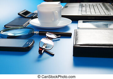 blaues, bohnenkaffee, hintergrund, tablette, becher, handy, laptop, schwarz, pc, brille, untertasse