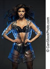blaues, frau, mantel, hervorgehoben, nur, damenunterwäsche, sexy, durchsichtig