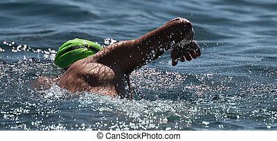 blaues, schwimmender, meer, mann, schwimmer, kriechen