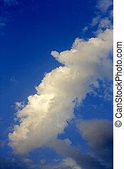 blaues, sonne, weiße wolken, himmelsgewölbe