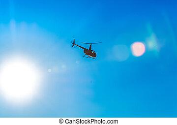 blaues, transport., silhouette, flecke, fruehjahr, klar, modern, himmelsgewölbe, day., warm, light., sonnenkollektoren, hubschrauber