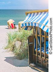 blaues, verschlossen, gefärbt, stühle, roofed, deutschland, travemunde, sandstrand, sandig