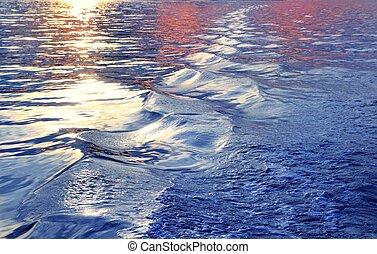 blauw water, ondergaande zon , zee, golven, waken, scheeps