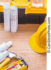 blauwdruken, niveau, hamer, potlood, helm, toolbox, op, wooden board, co