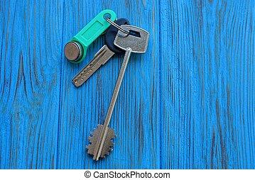 blauwe deur, sleutels, drie, tafel, bos