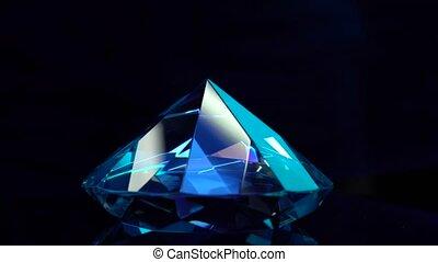 blauwe diamant, shimmering, highlights., het spinnen, zwarte achtergrond, beste; geachte