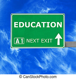 blauwe , duidelijke lucht, tegen, meldingsbord, opleiding, straat