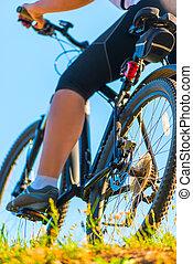 blauwe , fiets, hemel, achtergrond, voet, meisje