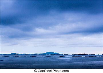 blauwe , groot, schepen, zee, bewolkt