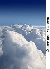 blauwe hemel, aanzicht, van, vliegtuig, vliegtuig, en, wite wolken, textuur