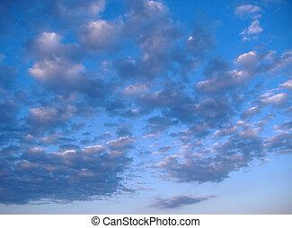 blauwe hemel, &, wolken