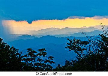 blauwe kam, ondergaande zon , noorden, snelweg, carolina