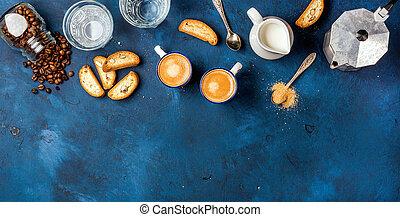 blauwe , koffie, espresso, op, cantucci, koekjes, donkere achtergrond, melk