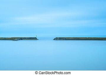 blauwe , pijler, bewolkt, oceaan, beton, trap