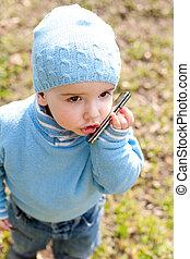 blauwe , telefoon, op, toddler, het spreken