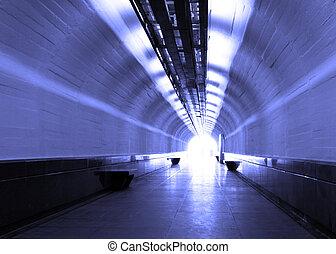 blauwe tunnel