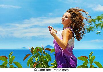 blauwe , vrouw, sky., op, jonge, springt, vrolijke