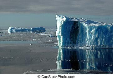 bleu, antarctique, deux, icebergs