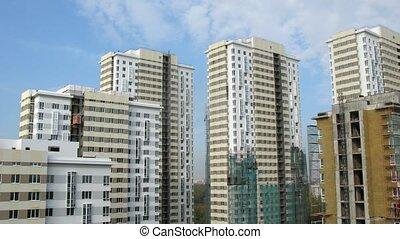 bleu, bâtiments, nuages, flotteur, ciel, au-dessus, nouveau, considerable, quantité