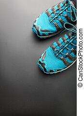 bleu, chaussures courantes, gris