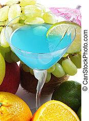 bleu, cocktail, fruits