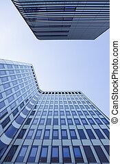 bleu, contre, ciel, moderne, bâtiments