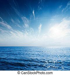 bleu, coucher soleil, sur, ciel, mer
