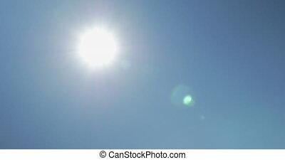 bleu, coup, soleil, ciel clair, contre, en mouvement, panneaux solaires